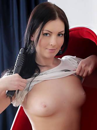 Porn Pics, Nubiles Girls